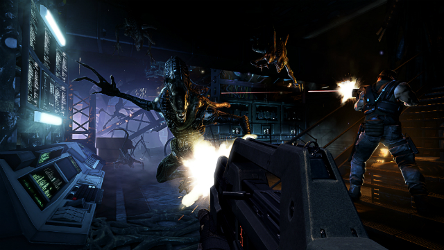 Aliens: Colonial Marines - Alien Lunge
