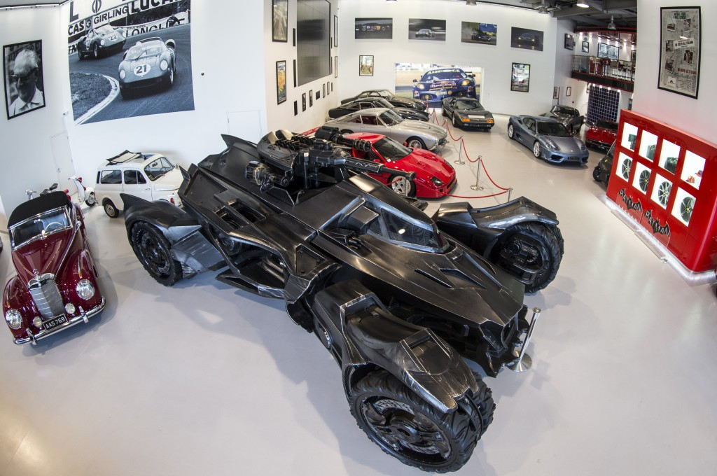 See the batmobile in real life - Badmobel real ...