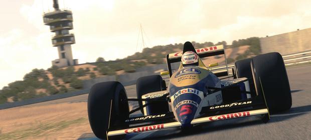 F1 2013 Review - GodisaGeek com