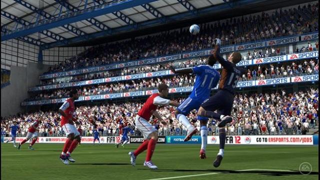 FIFA-Football-PS-Vita-Goalie-Punch