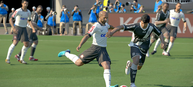 PES 2014 Gets 800 New Likenesses and myPES App